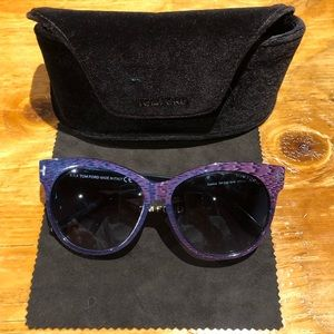 Tom Ford Saskia sunglasses.